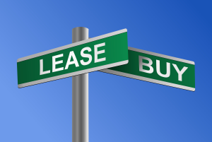 lease versus buy auto